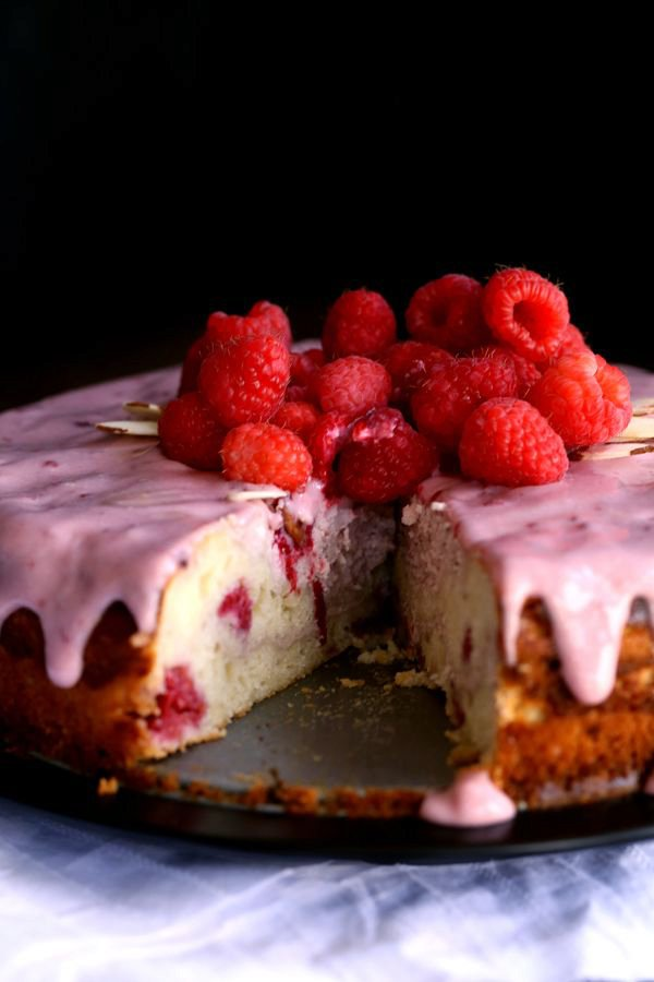 Raspberry Almond Cheesecake Cake