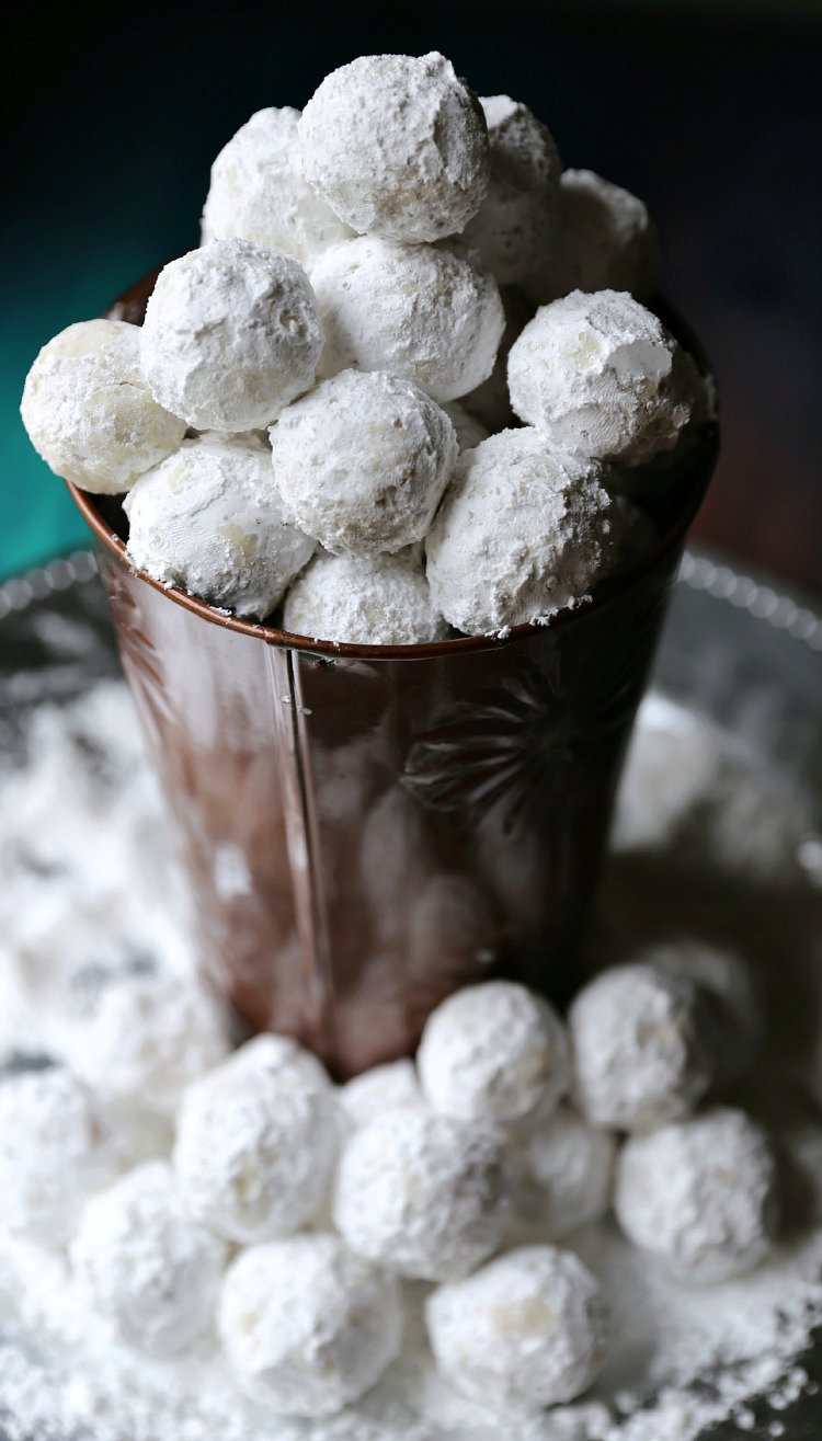 Quick & Easy No Bake Peanut Butter Snowballs Recipe