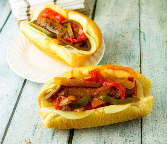 Classic Slow Cooker Sausage and Peppers