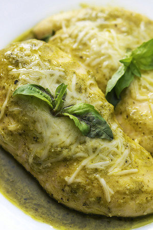 4 Ingredient Slow Cooker Pesto Ranch Chicken
