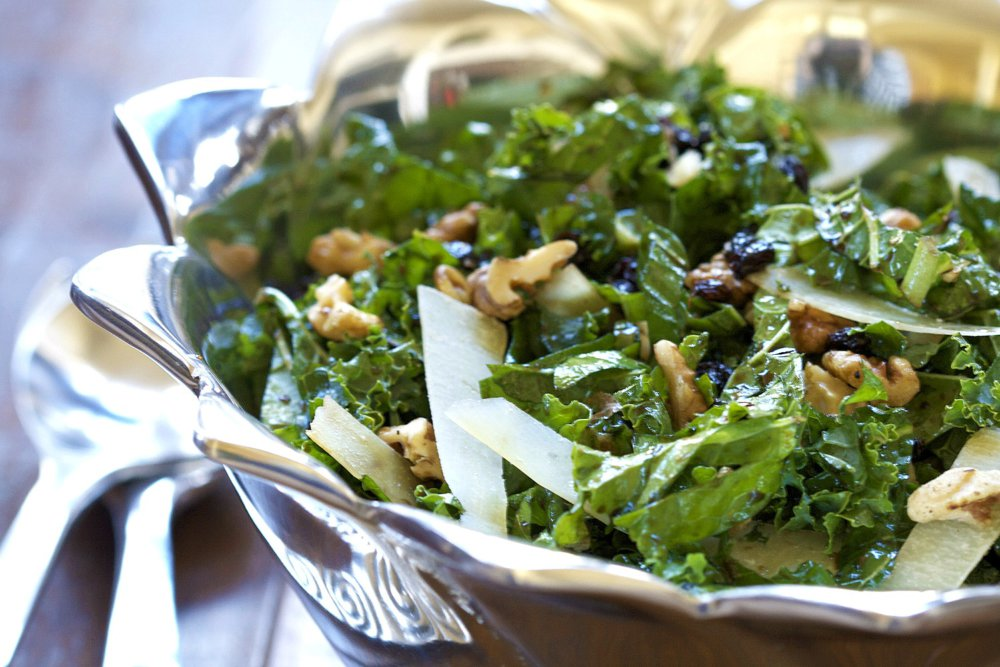 Kale Salad with Currants and Walnuts