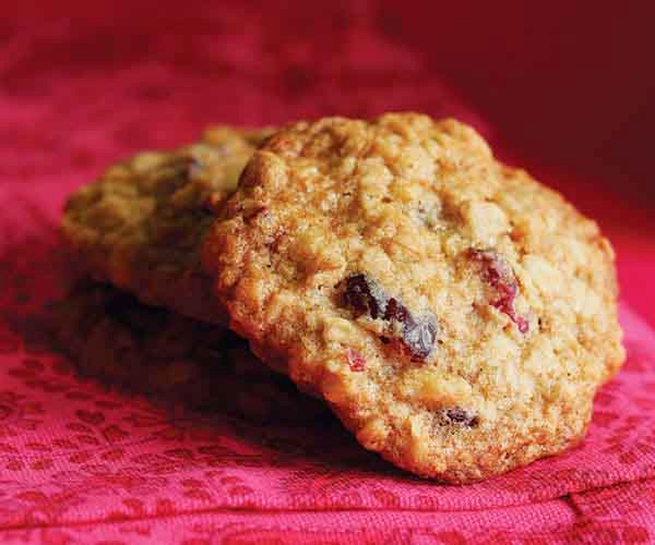 Chewy Cranberry-Oatmeal Cookies