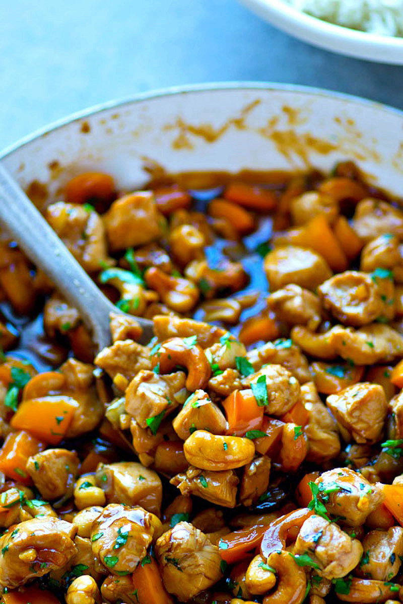 Sweet Pepper Ginger Cashew Chicken Stir-Fry
