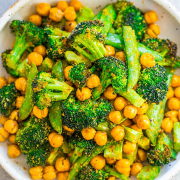Cheesy Roasted Chickpeas and Broccoli