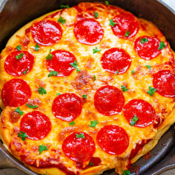 10-Minute Skillet Pizza