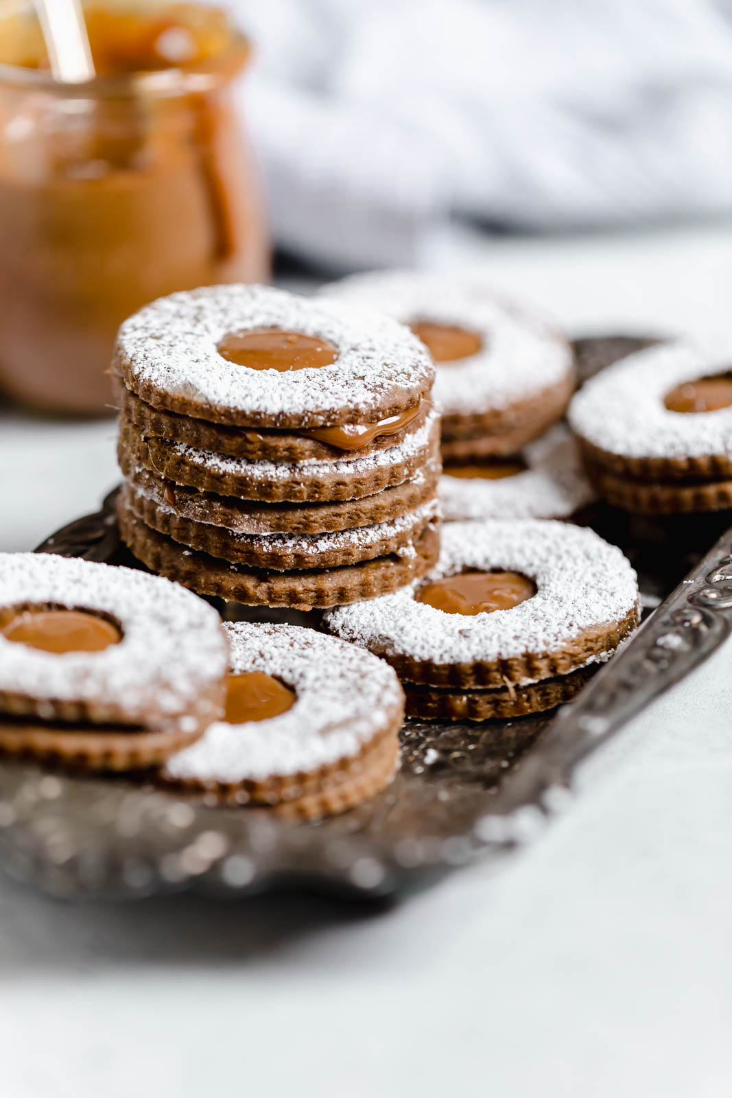 Gingerbread Linzers with Dulce De Leche Centers