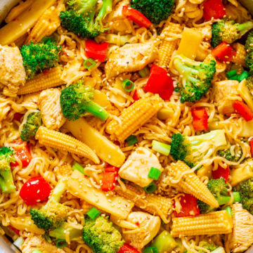 15-Minute Chicken, Vegetable, and Ramen Noodle Stir Fry