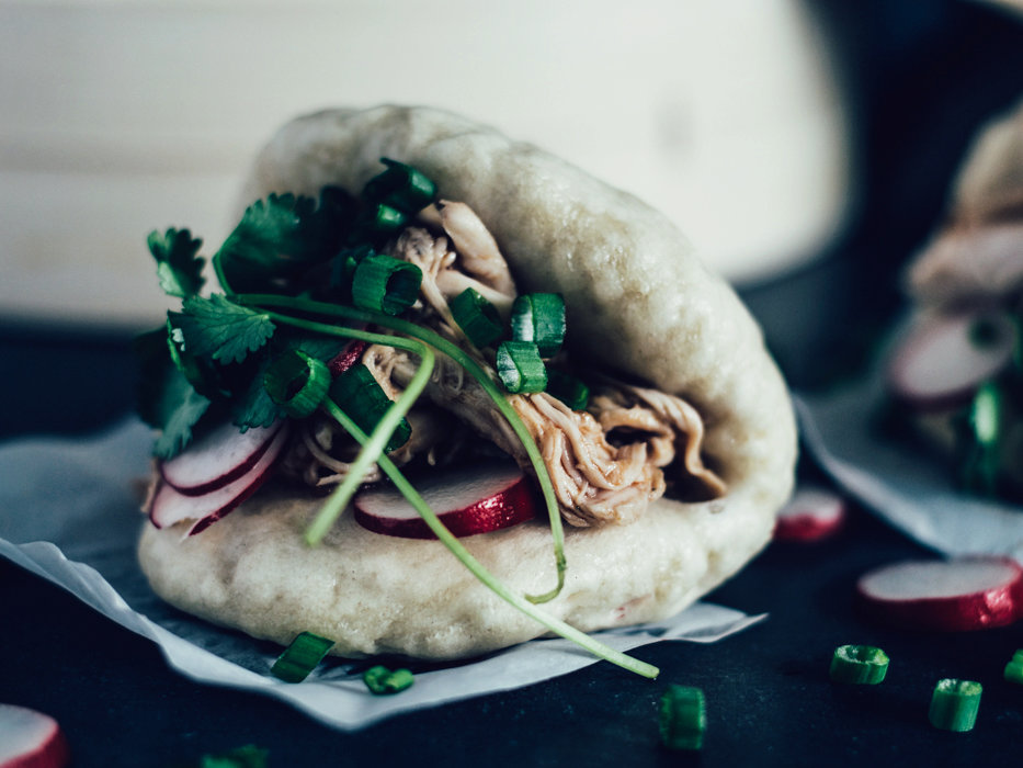 Asian BBQ Pulled Chicken Gua Bao