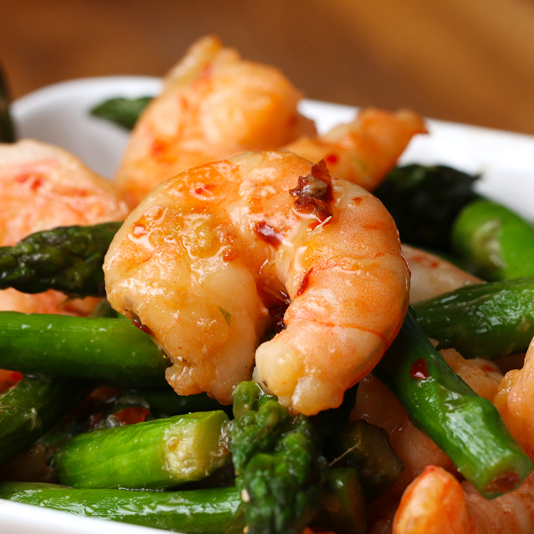 Shrimp And Asparagus Stir Fry (Under 300 Calories) Recipe by Tasty