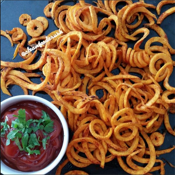 Curly Sweet Potato Fries Recipe – Copycat Arby's Using the Paderno Spiralizer