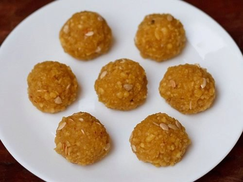 motichoor ladoo recipe | motichur laddu recipe