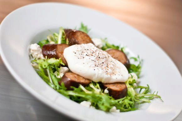 Frisée Salad with Feta and Mint Dressing