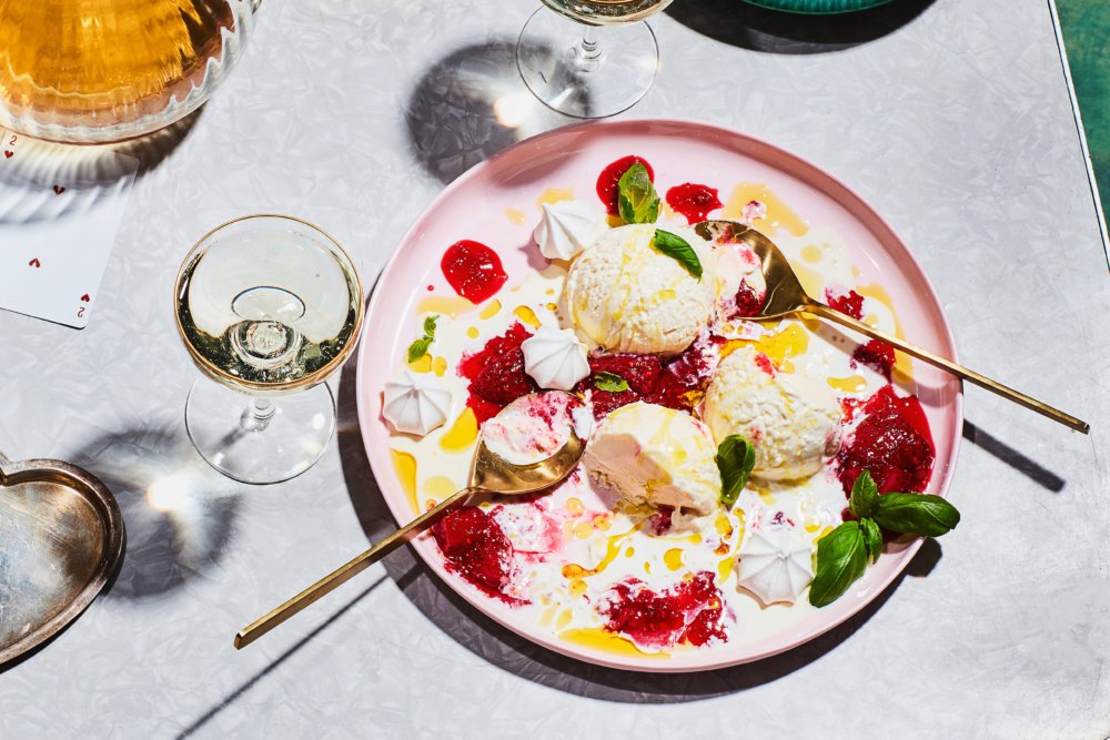 Meringue Sundae with Peppery Berry Sauce