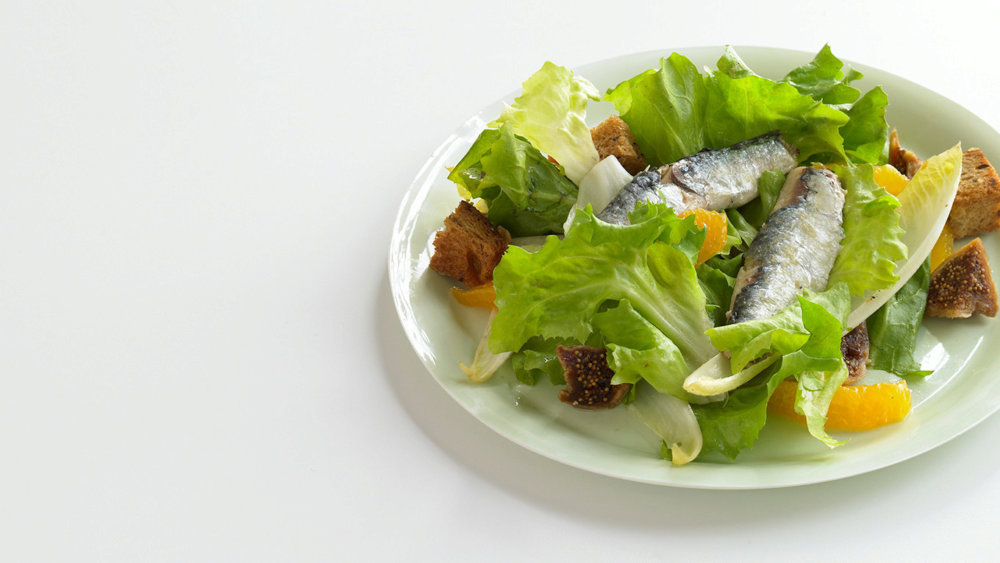 Escarole and Endive Salad with Sardines and Oranges
