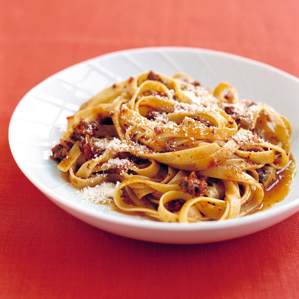 Pasta and Easy Italian Meat Sauce