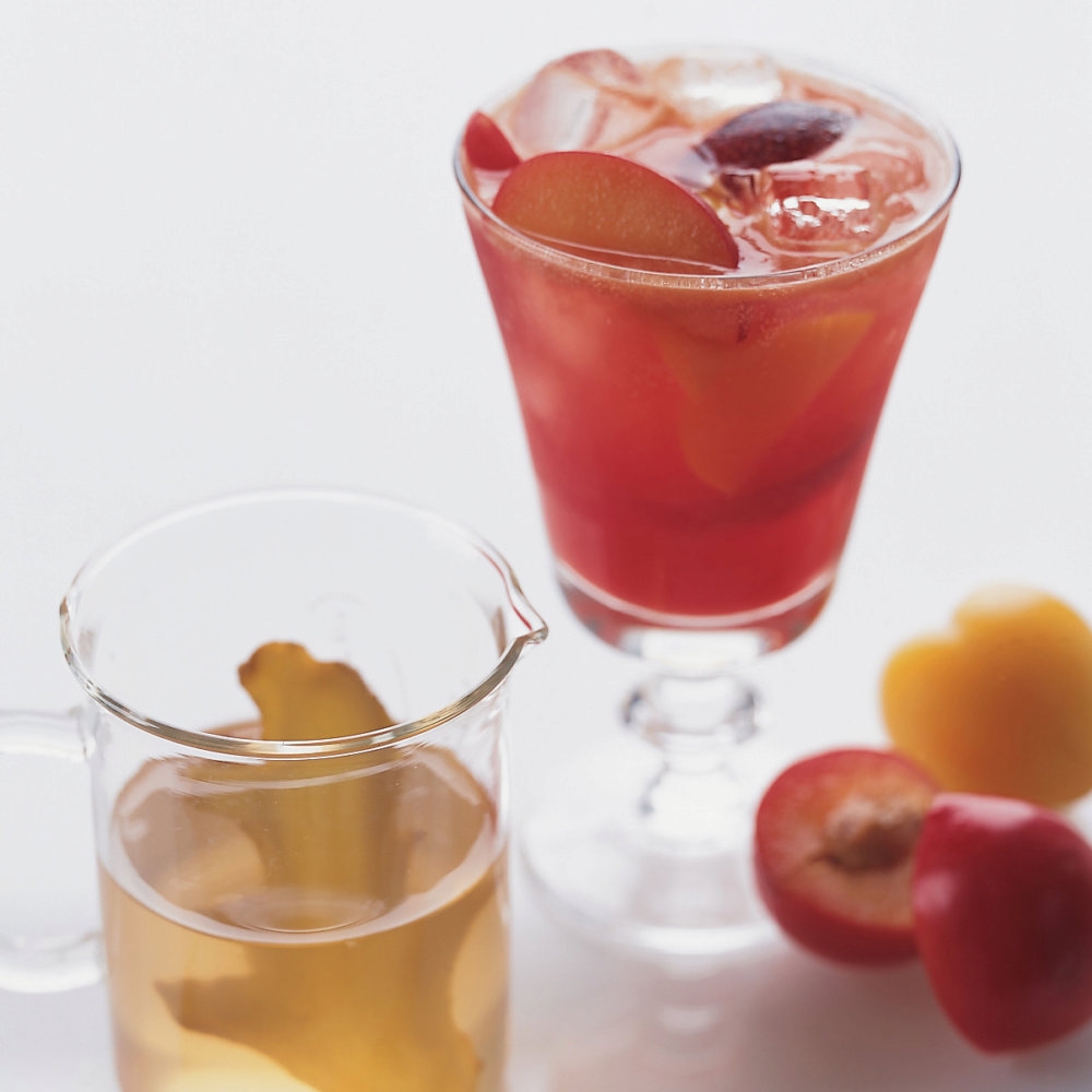 Sparkling Ginger-Plum Lemonade