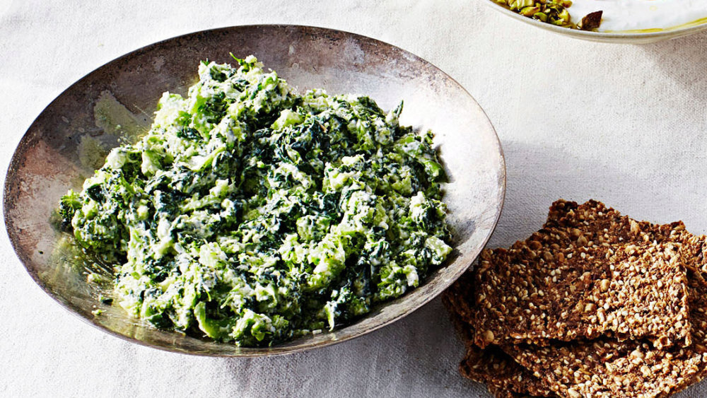 Creamy Broccoli-Spinach Dip