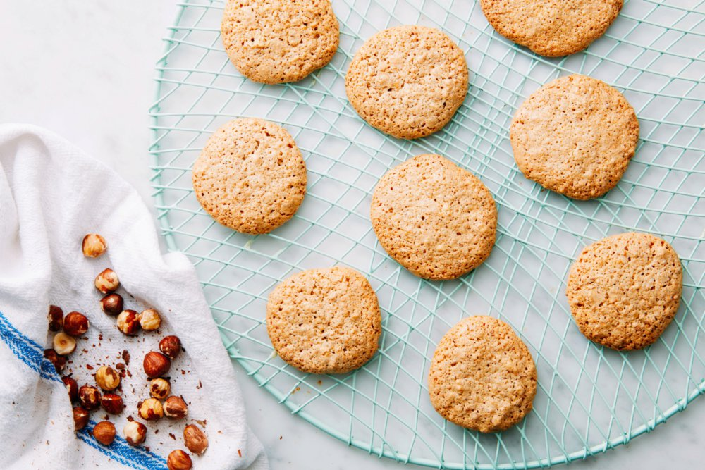 3-Ingredient Hazelnut Cookies