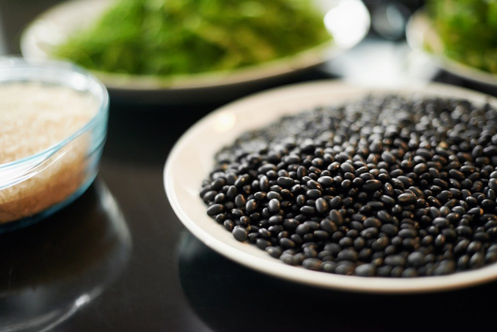 Instant Pot Black Beans with Green Chiles and Cumin