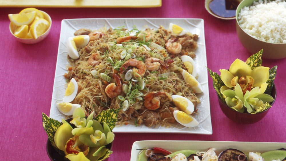 Rice Noodles with Chicken, Pork, and Shrimp