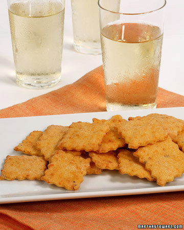 Peppery Cheese Crackers