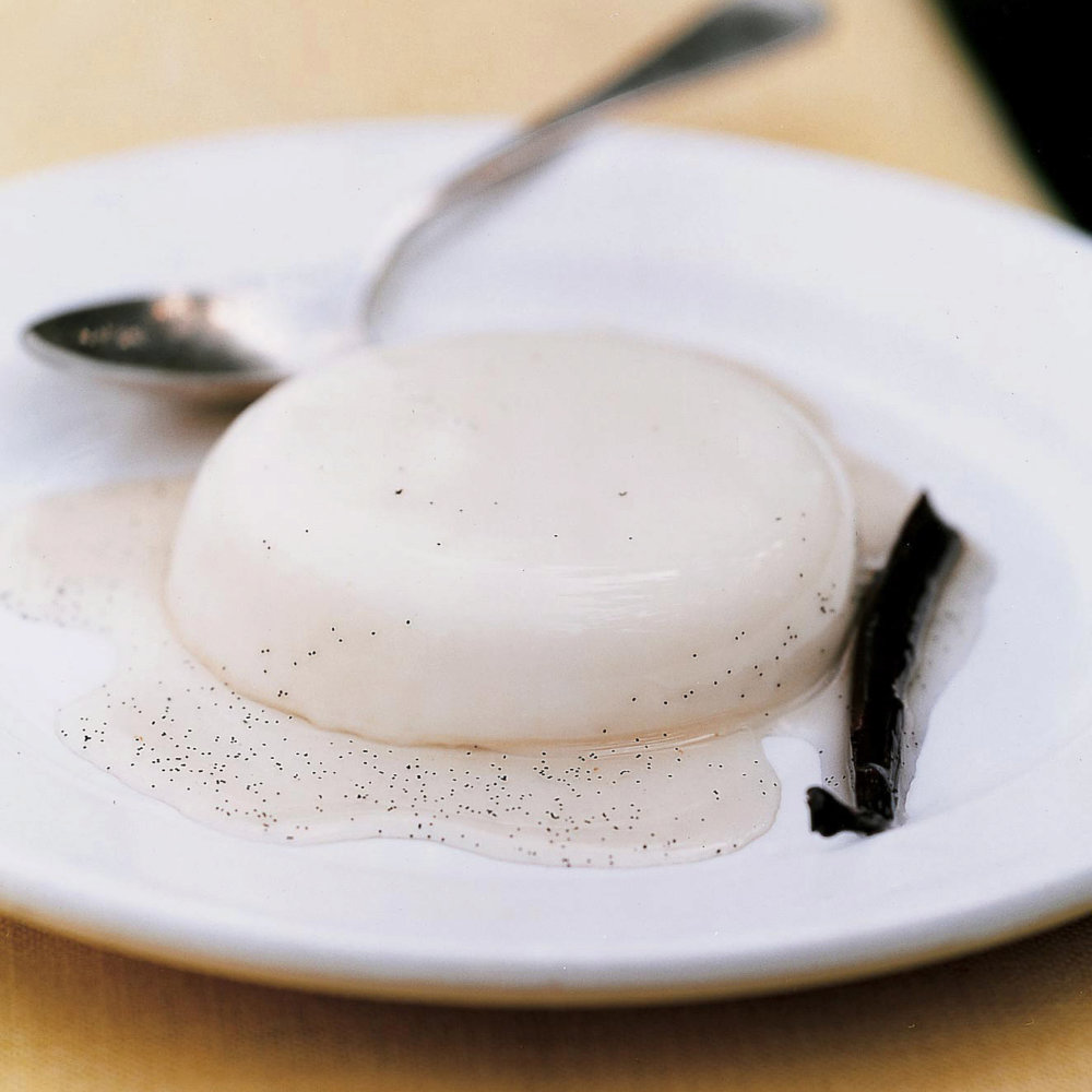 Panna Cotta with Vanilla Syrup