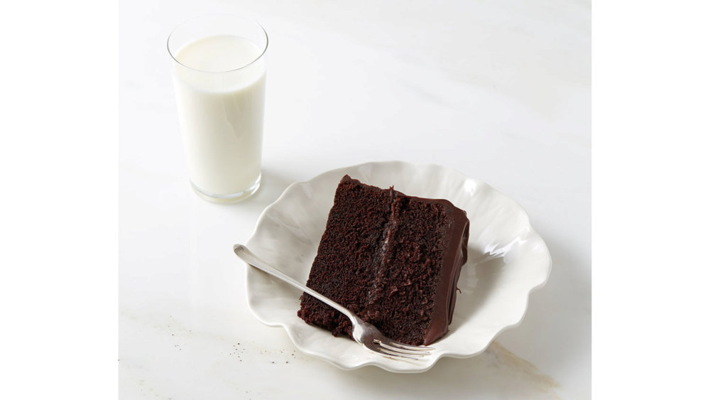 Chocolate Ganache Frosting for Fudgy Devil's Food Cake