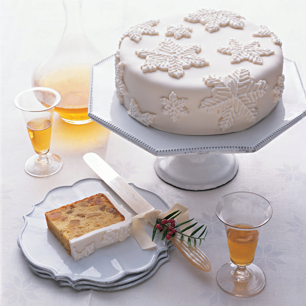 Royal Icing for Snow-Capped Fruitcake