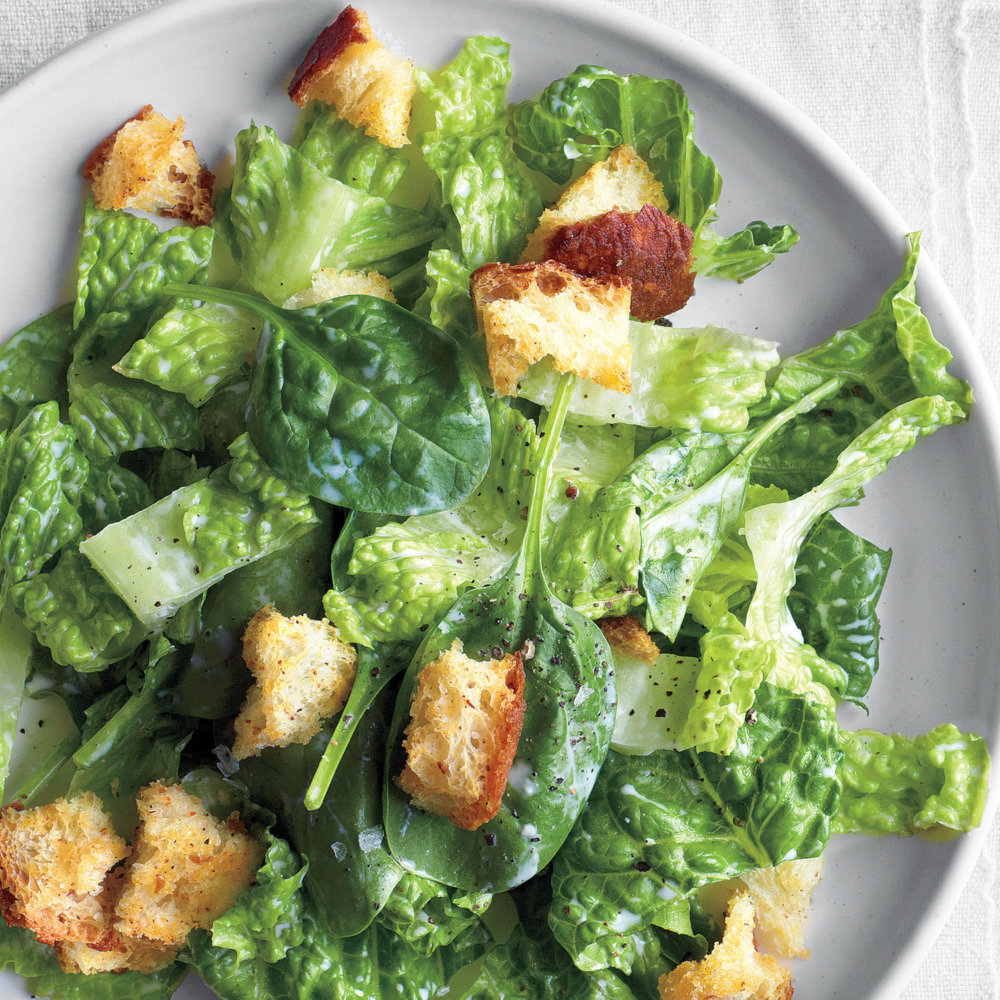 Romaine and Spinach with Buttermilk Dressing and Croutons