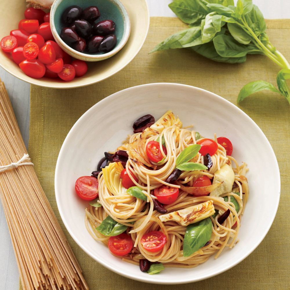 Mediterranean Pasta with Artichokes, Olives, and Tomatoes