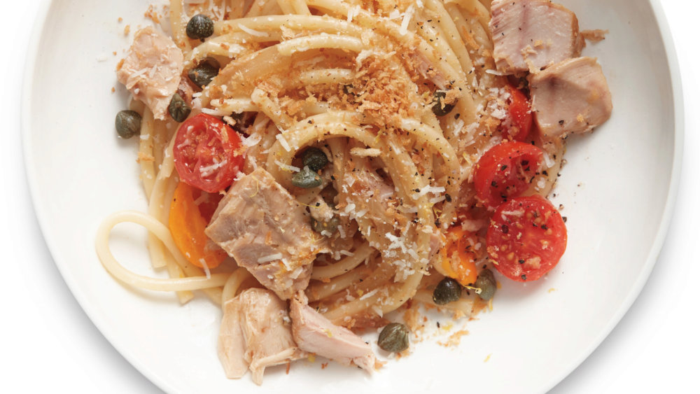 Spaghetti with Tuna, Capers, and Tomatoes