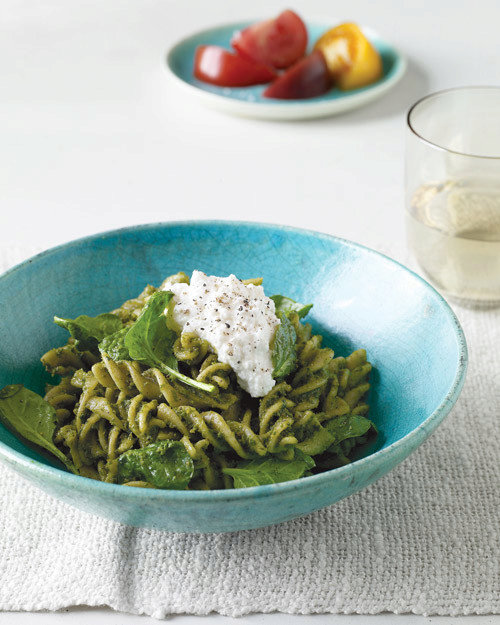 Whole-Wheat Pasta with Pumpkin-Seed and Spinach Pesto