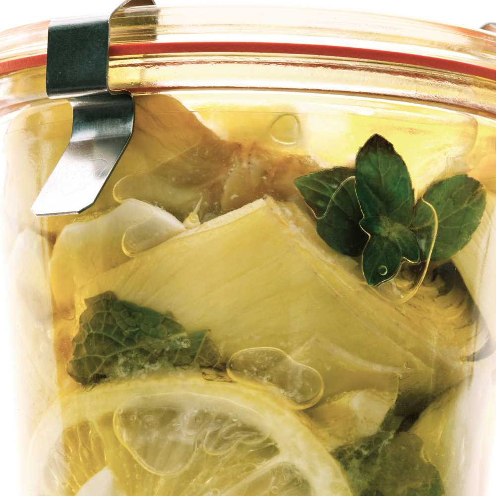 Artichokes Packed in Oil with Lemon