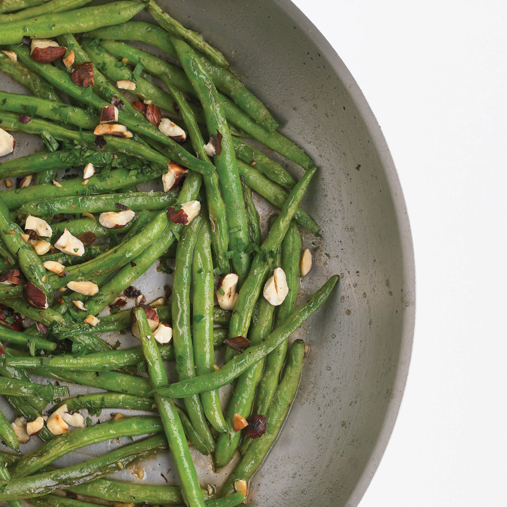 Green Beans with Hazelnuts and Parsley