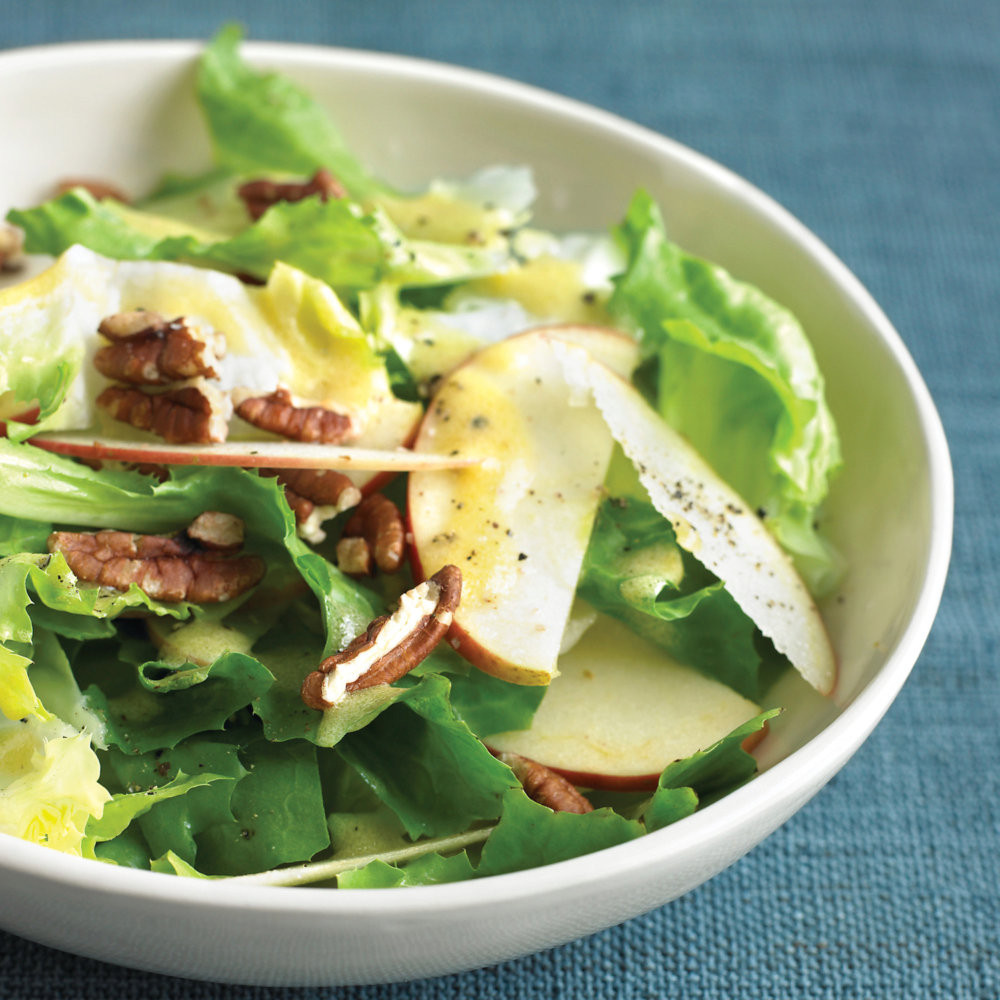 Quick Escarole Salad With Apples And Pecans