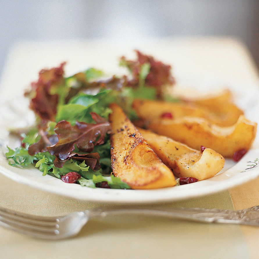 Sauteed Pears with Mixed Greens