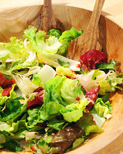 Radicchio and Endive Salad with Oranges, Fennel, and Pomegranate Seeds