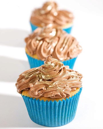 Mexican Chocolate-Pudding-Filled Cupcakes