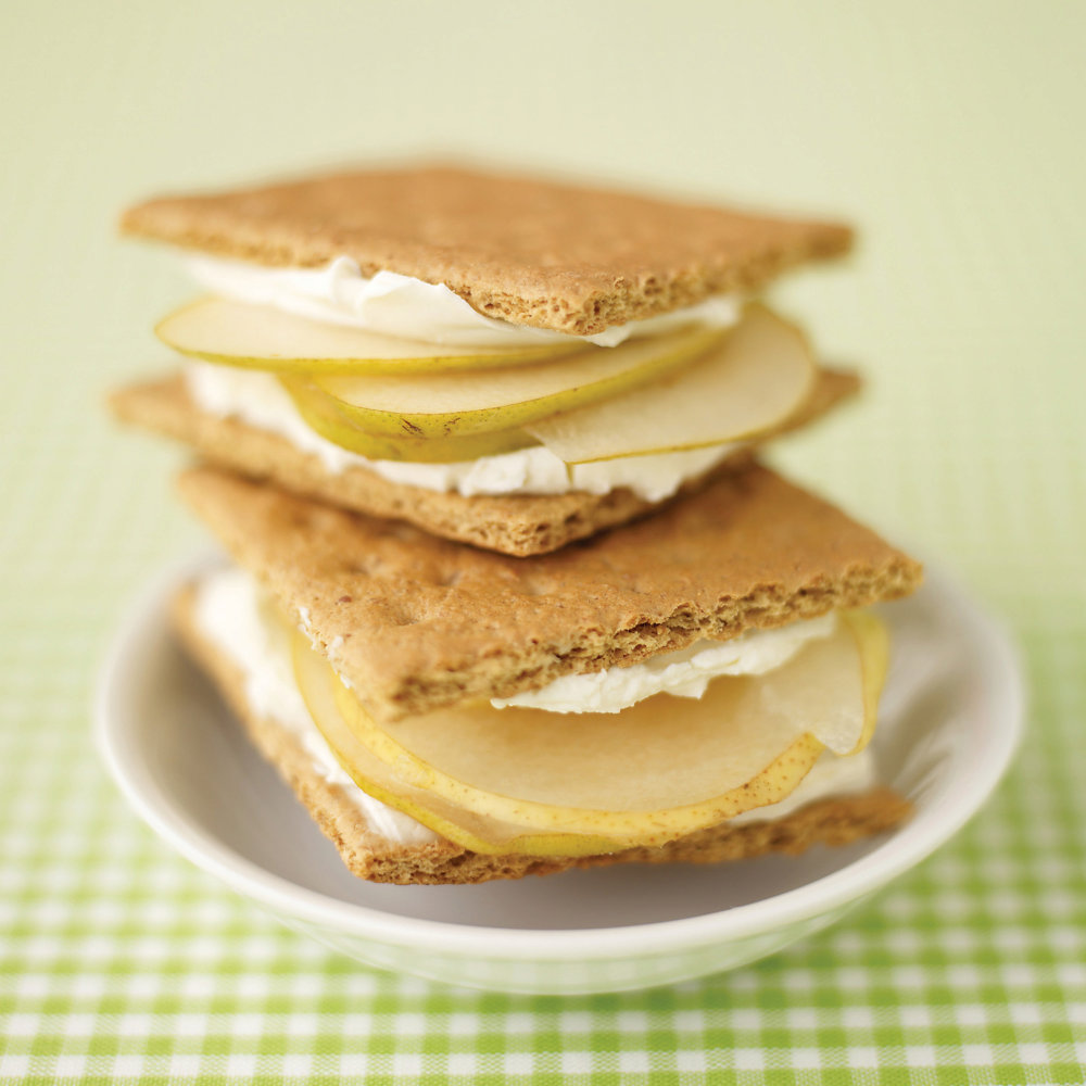 Easy Graham-Cracker Sandwiches