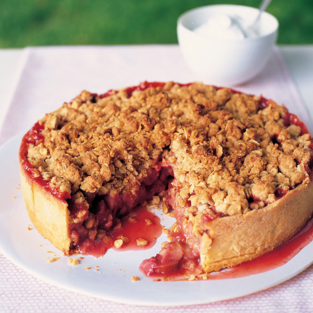 Rhubarb-Strawberry Tart with Crisp Oat Topping