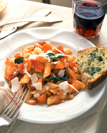 Penne with Tomatoes and Pancetta