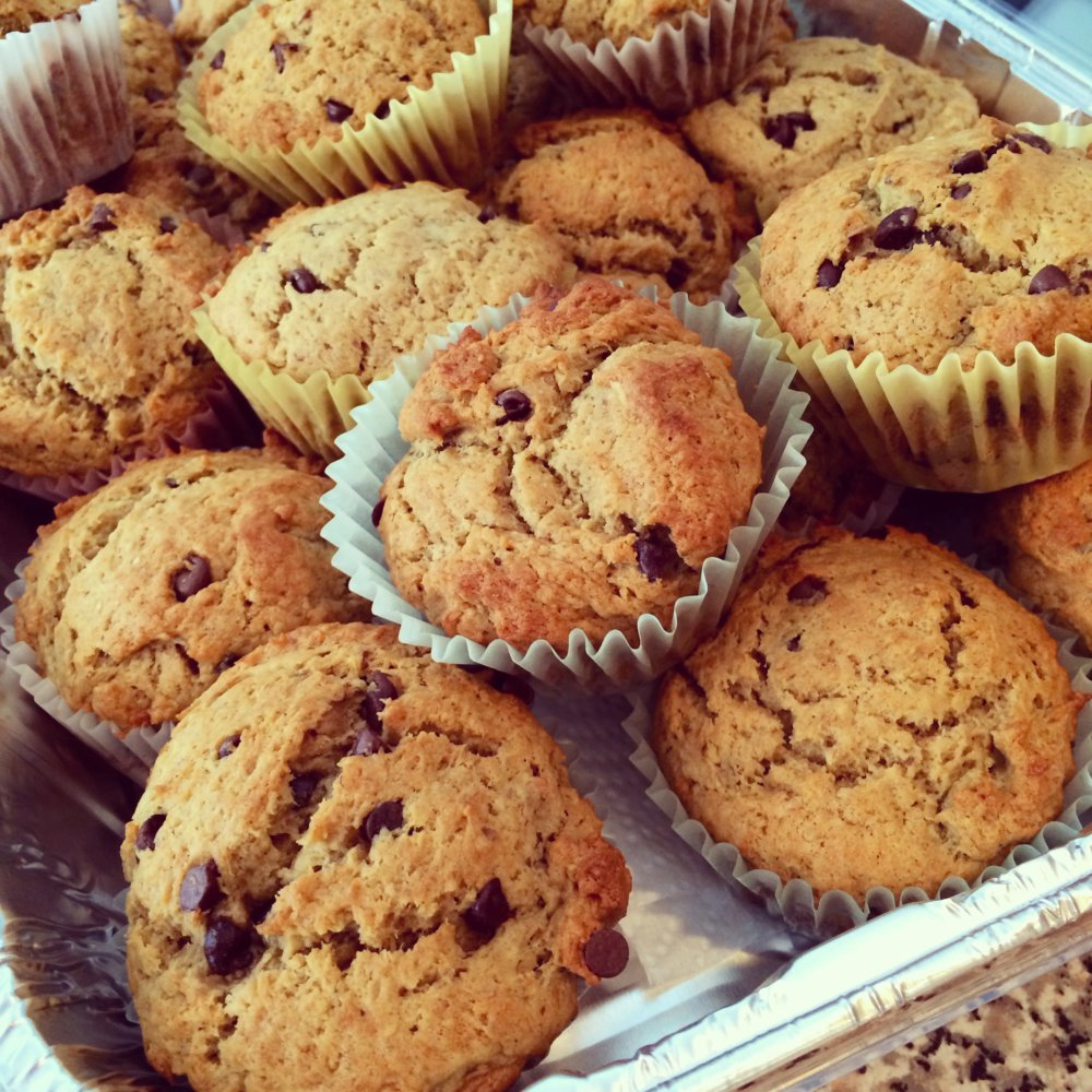 One Bowl Muffin Recipe: Peanut Butter, Banana and Chocolate Chip Muffins