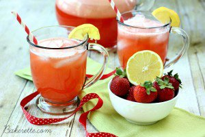 Cafe Rio Strawberry Lemonade with Stevia {Copycat}