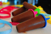 healthy chocolate popsicles