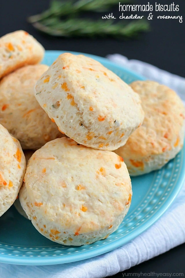 Homemade Biscuits with Cheddar and Rosemary
