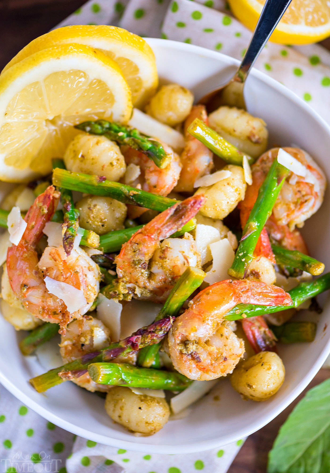 Pesto Shrimp with Gnocchi and Asparagus