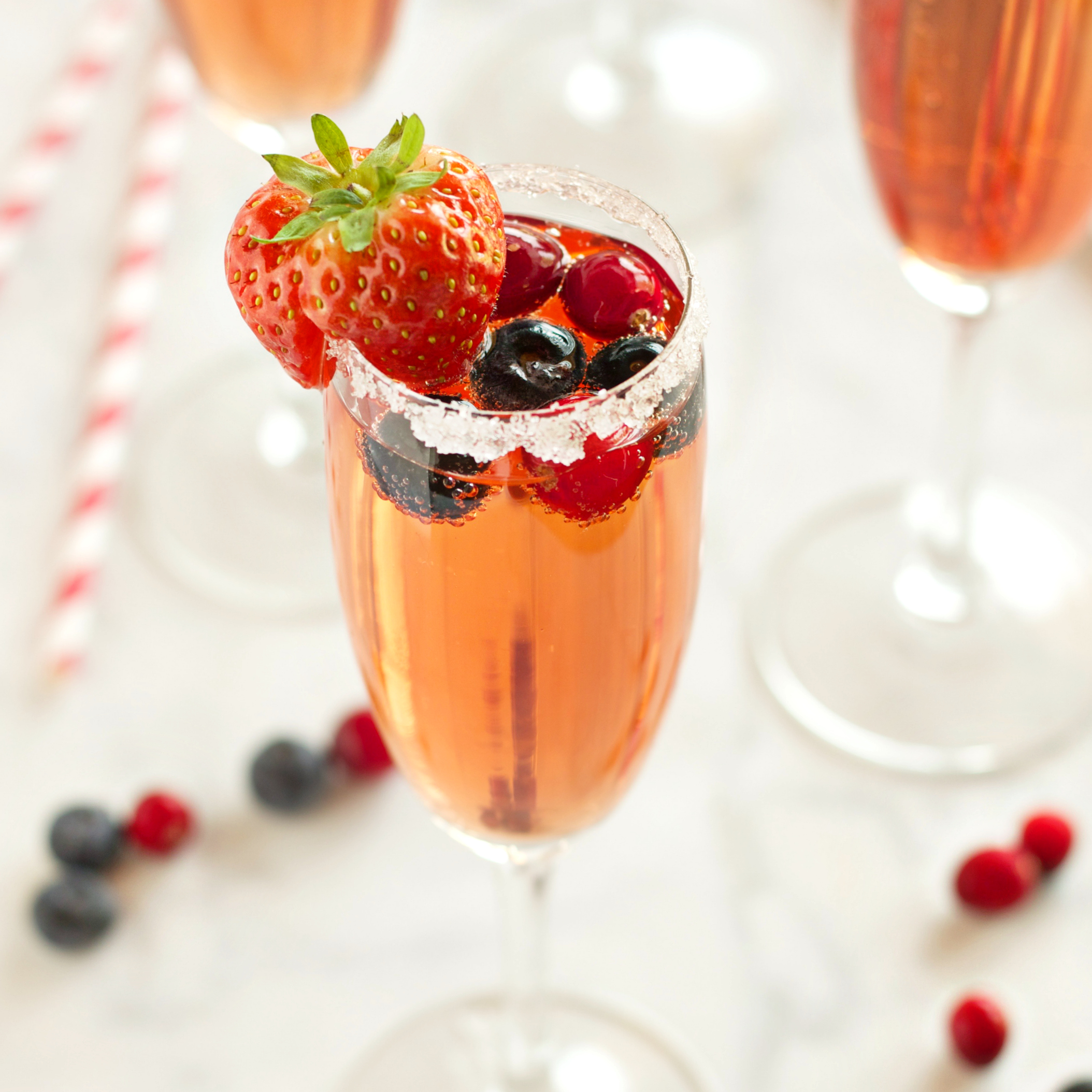 Sparkling Winter Berry Holiday Cocktail