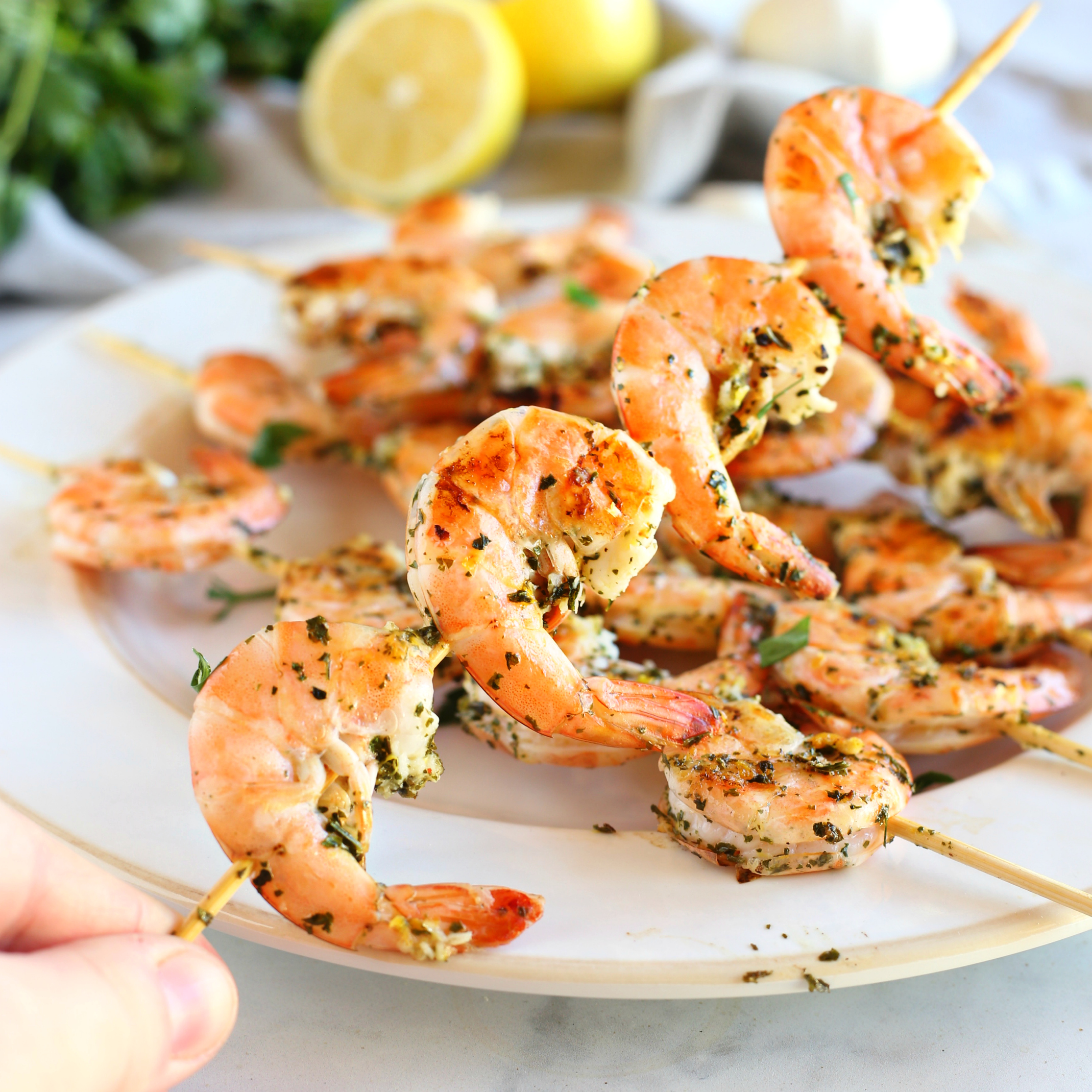 Lemon Garlic Grilled Shrimp Skewers