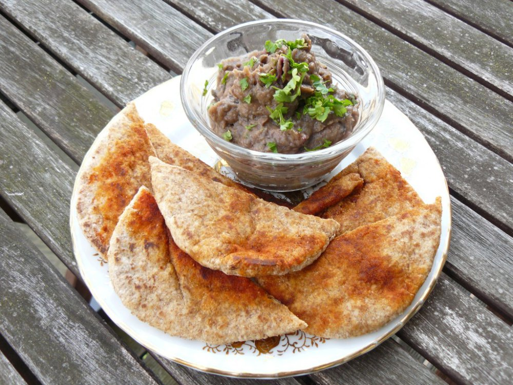 Aubergine and Roasted Red Onion Dip