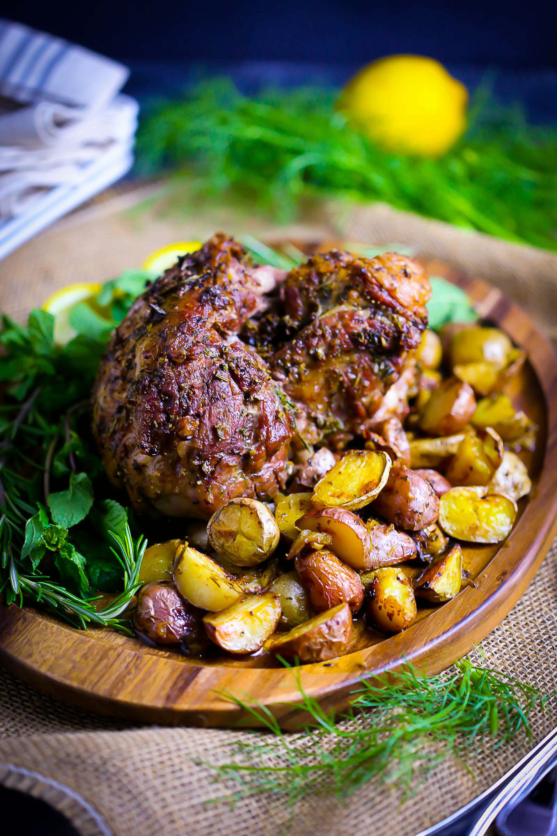 Boneless Roasted Leg of Lamb with Potatoes and Fennel